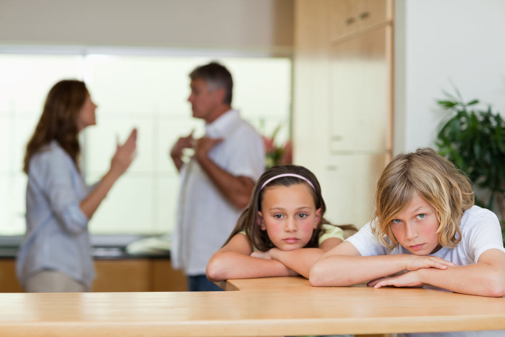 Co-Parenting Tips to help you fight less and help your kids feel happier.